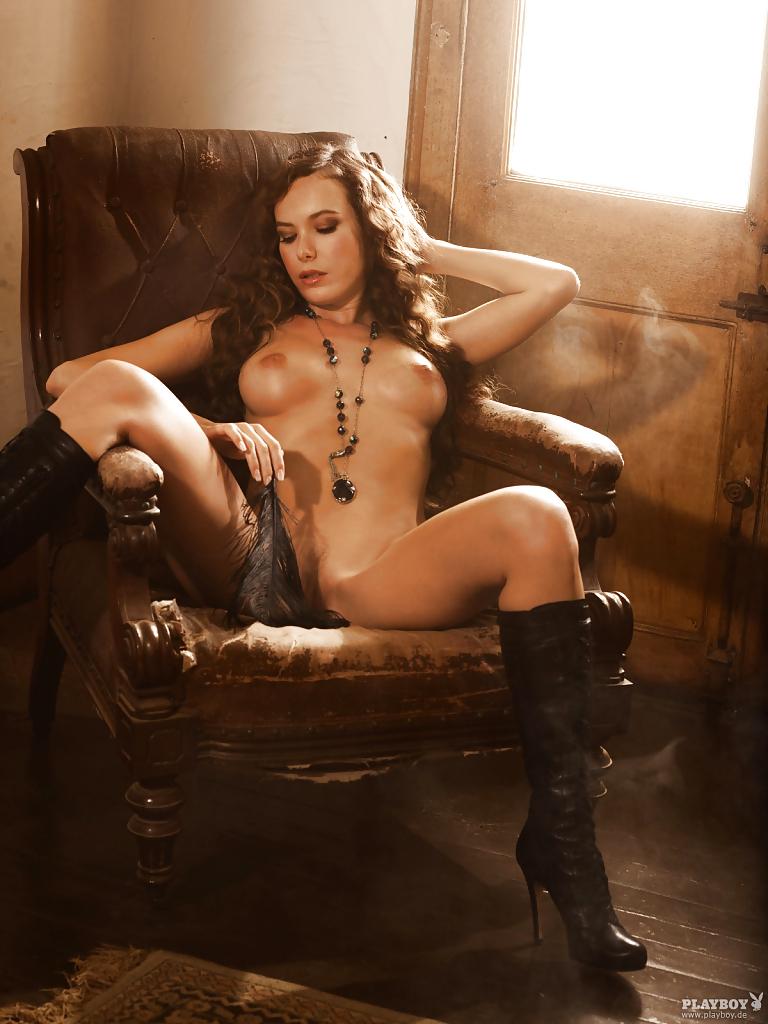 Tanja König Nude