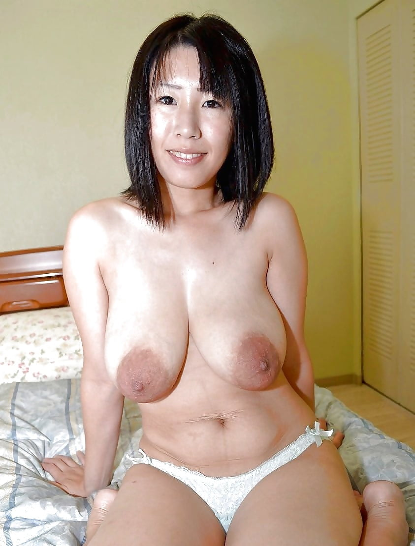 busty-asian-moms-nude
