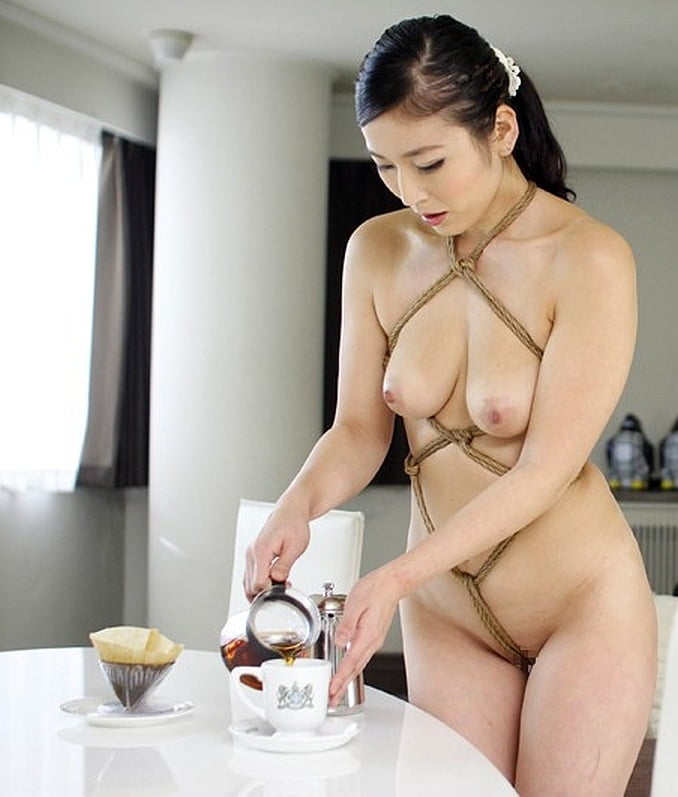 Servant nude at home in korea, spanking videos sex free