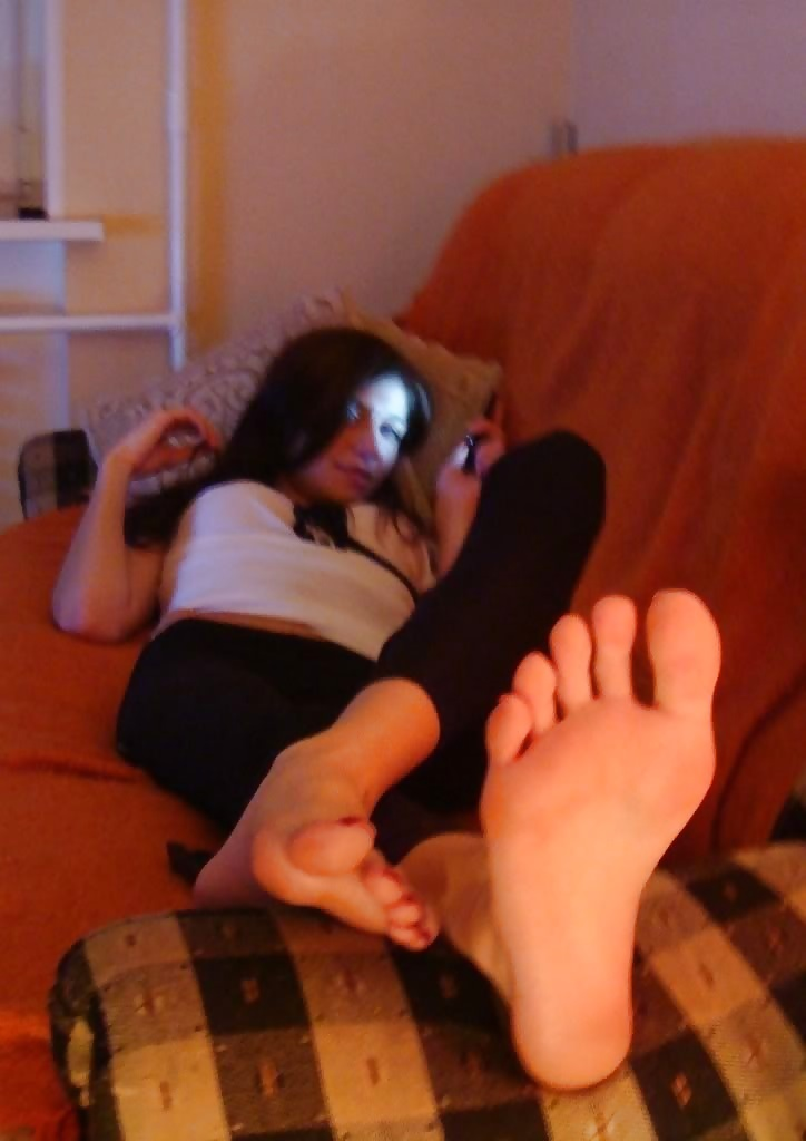 Hot sexy teen feet and pussy