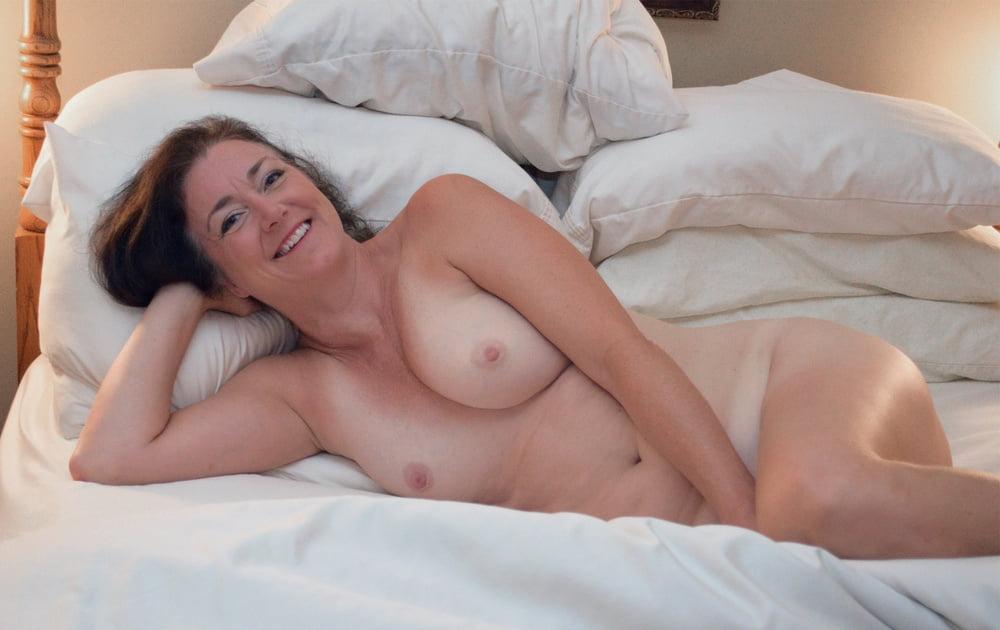 Several amateurs amateur softcore mature nude