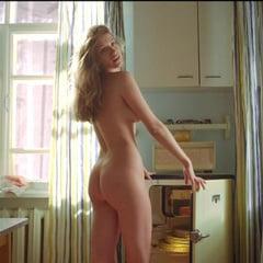Anna Chipovskaya  nackt