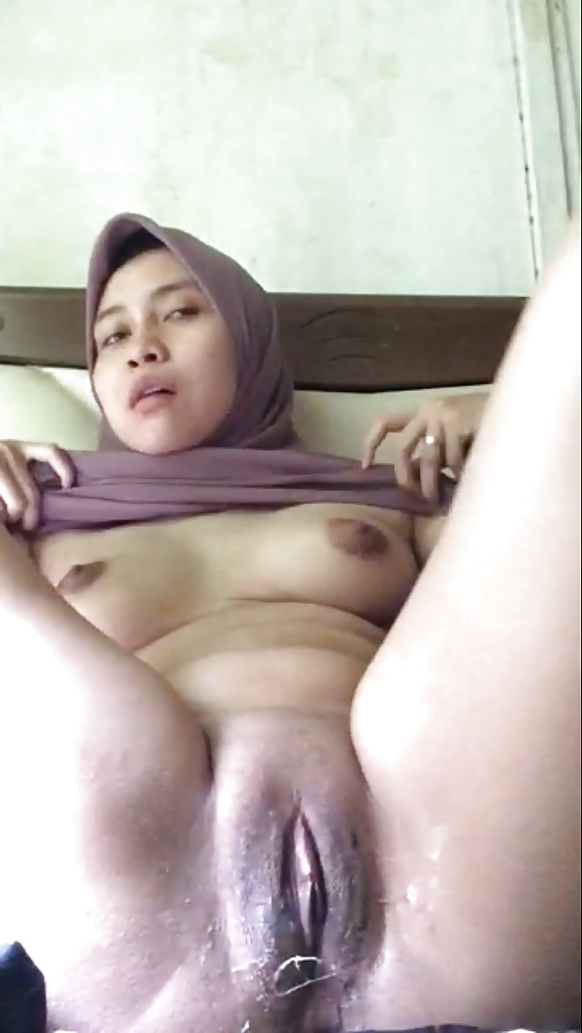 tits of malaysian girls