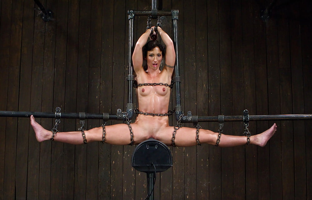 girl-young-orgasm-bondage