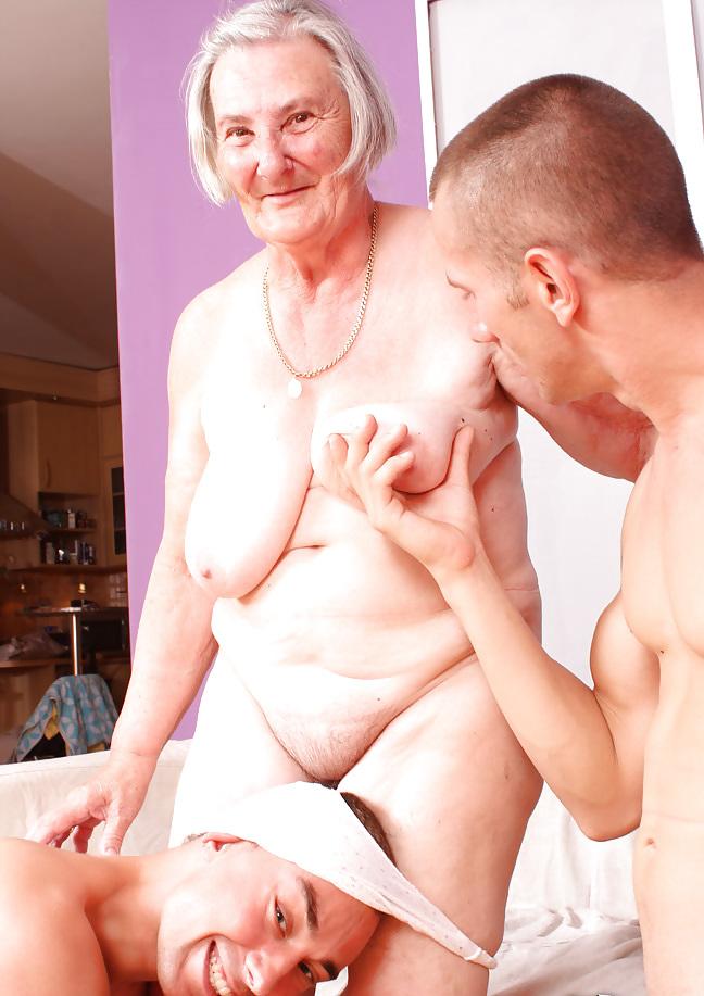 pikap-pomogla-pensioneru-porno-zhopi-vintazhnoe
