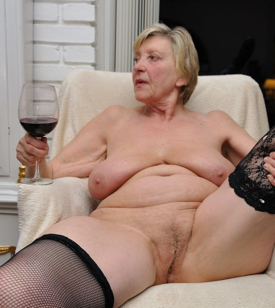 Sexy Nude Granny Pictures