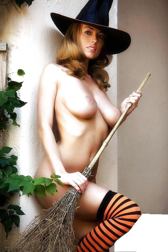 hot-sexy-naked-witch-girls-jacqueline-bracamontes-porno