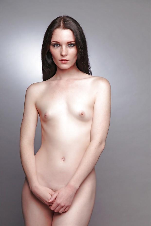 flat-women-nudes