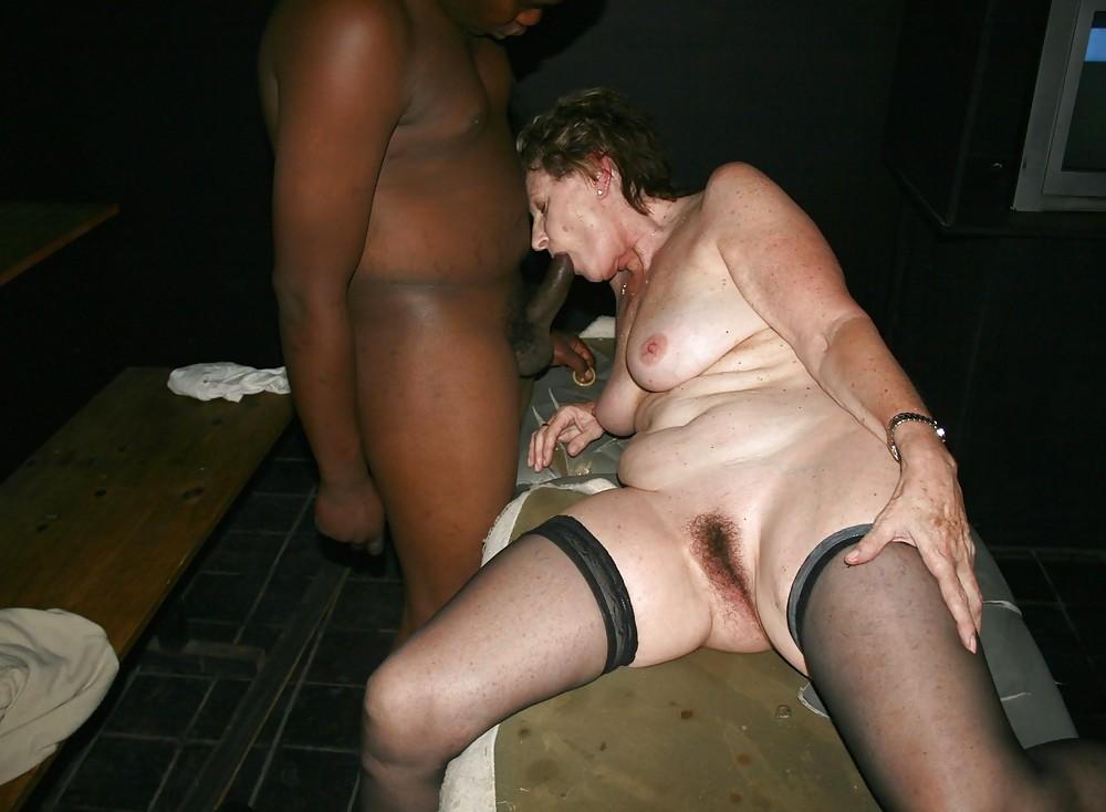Cuckold wives go black