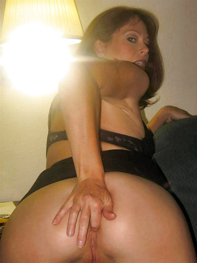 Amatuer sluts fingering themselves #15