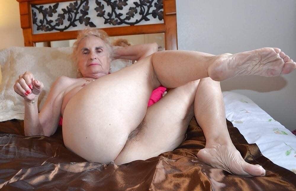 Best granny xxx