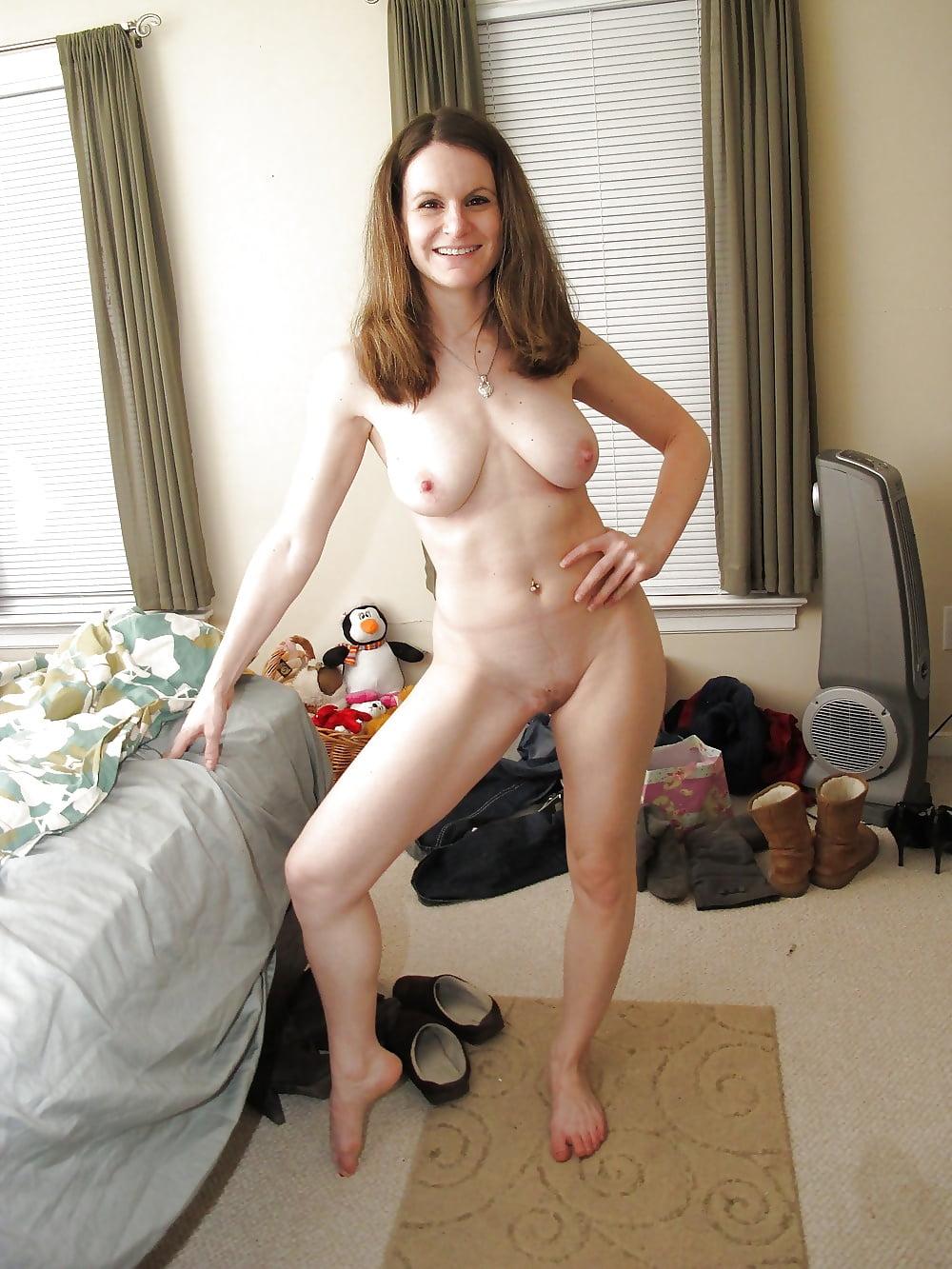 Amatheur canada nudes 4