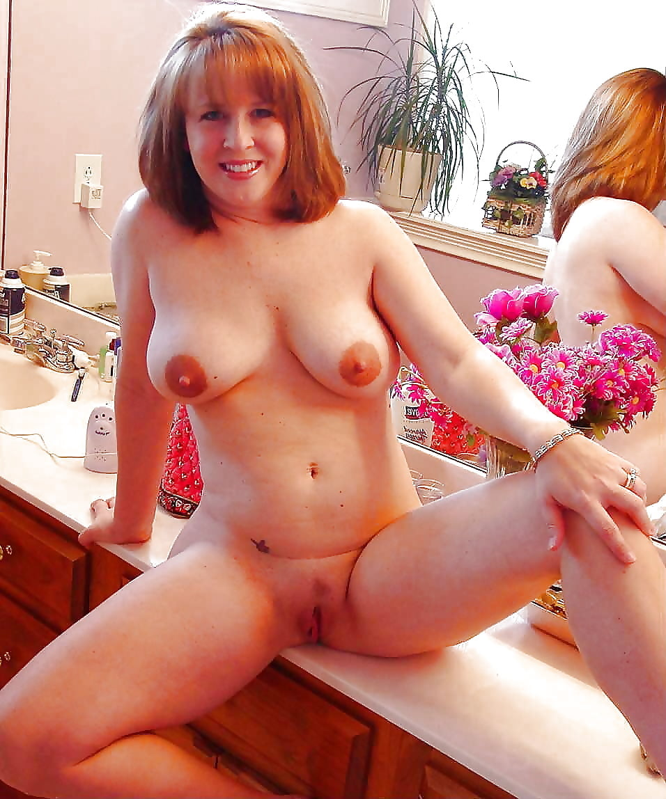Amature nude moms self pics #8