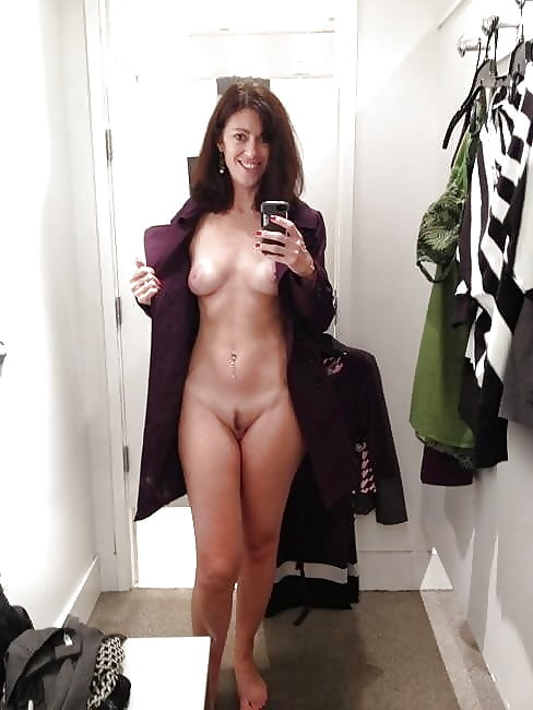 Naked girl fucked by the sales guy in the changing