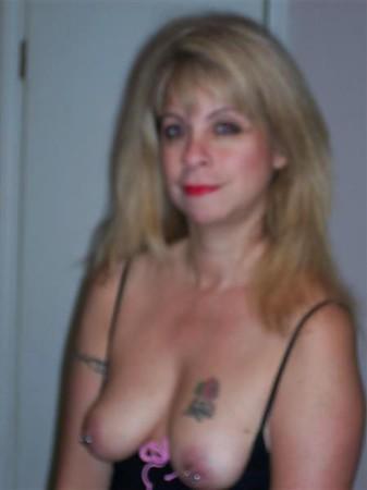 Free horney mature female porn movies
