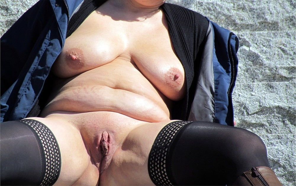 Dolly Monsterschwanz Outdoor Kondomsex