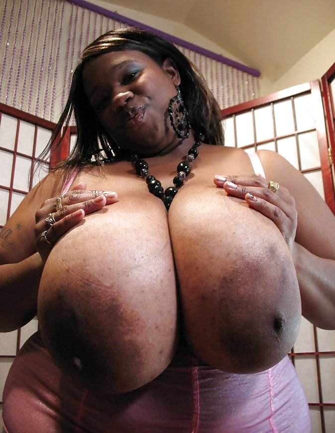 Huge Busty Bbw Fucking And Sucking Porn Pics