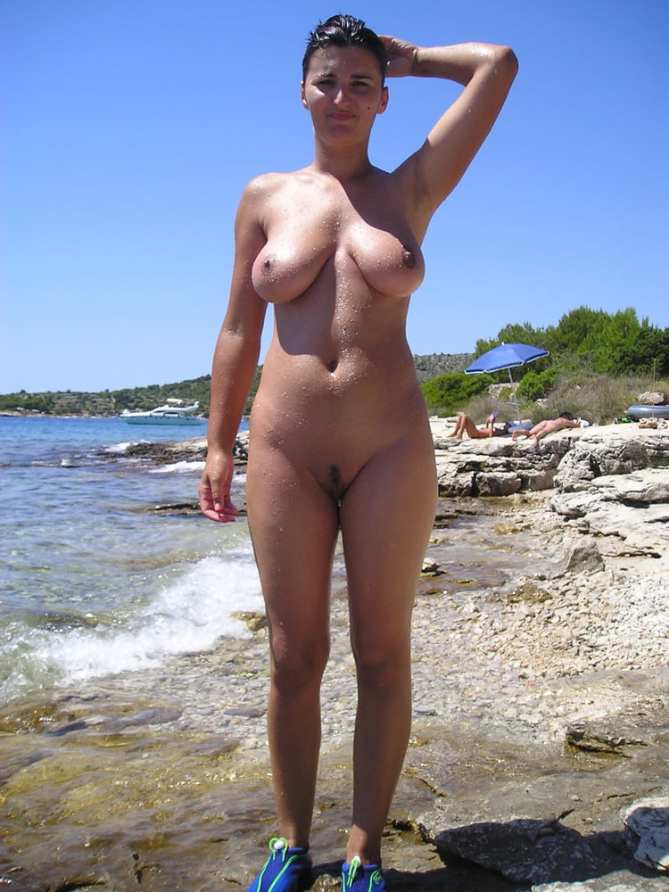 Mature amateur nudist