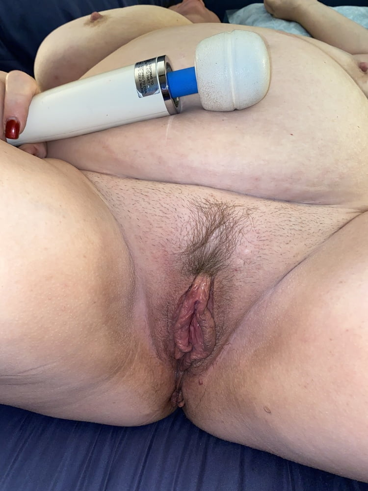 Sexy BBW wife with huge tits - 91 Pics