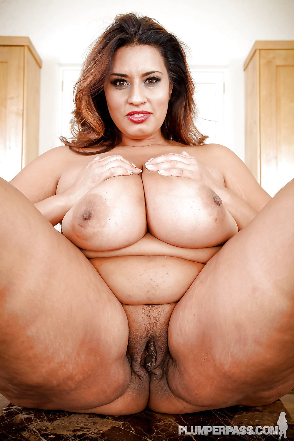 naked-fat-latina-milfs-diva