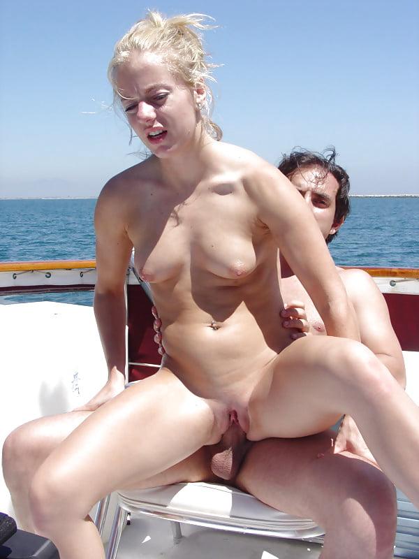 sister-bikini-porn