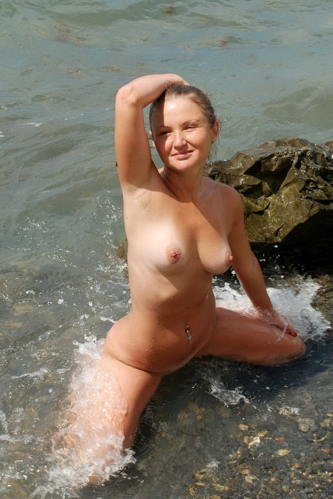 Sexy blonde with small breasts - 72 Pics
