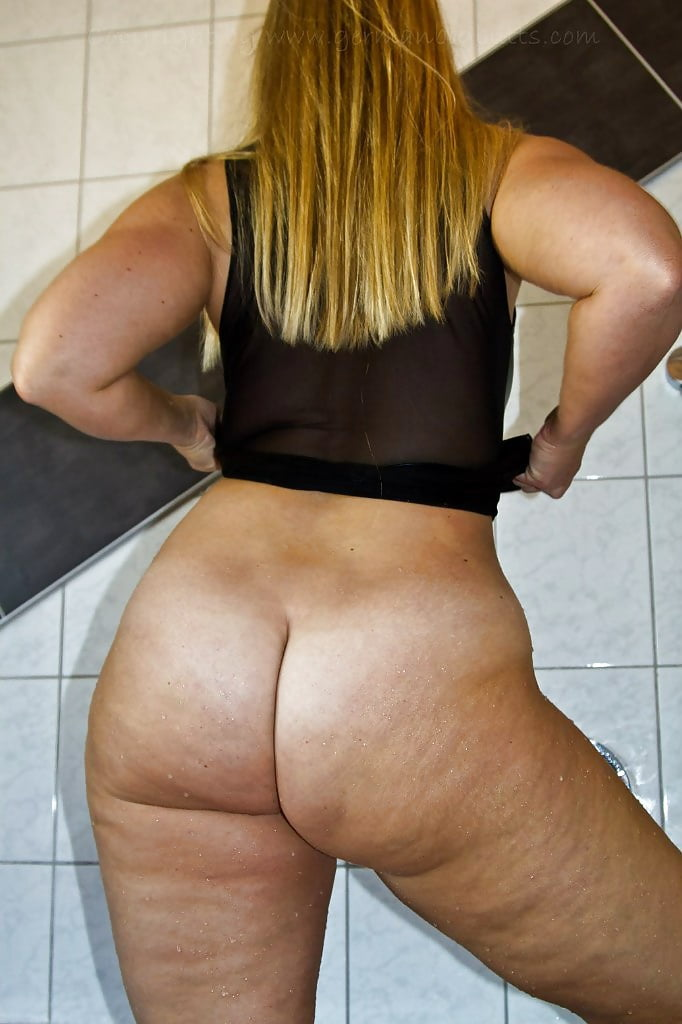 German pawg sarah big butt buttnaked shake, malomathrand