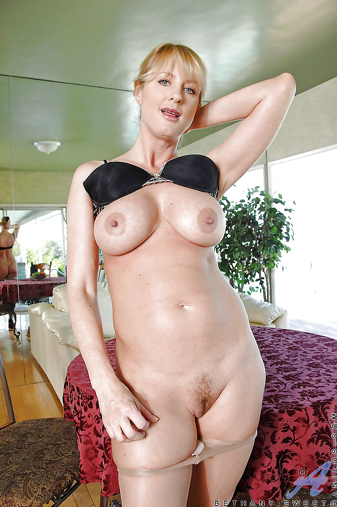 Sweet mum porn — photo 2