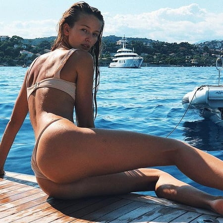 Nackt Kristina Romanova  Kristina Romanova