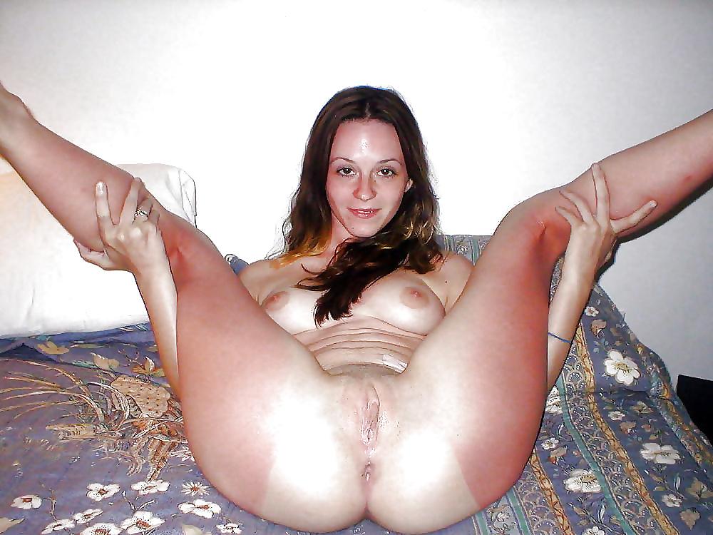 Sexy girls spreading-8205