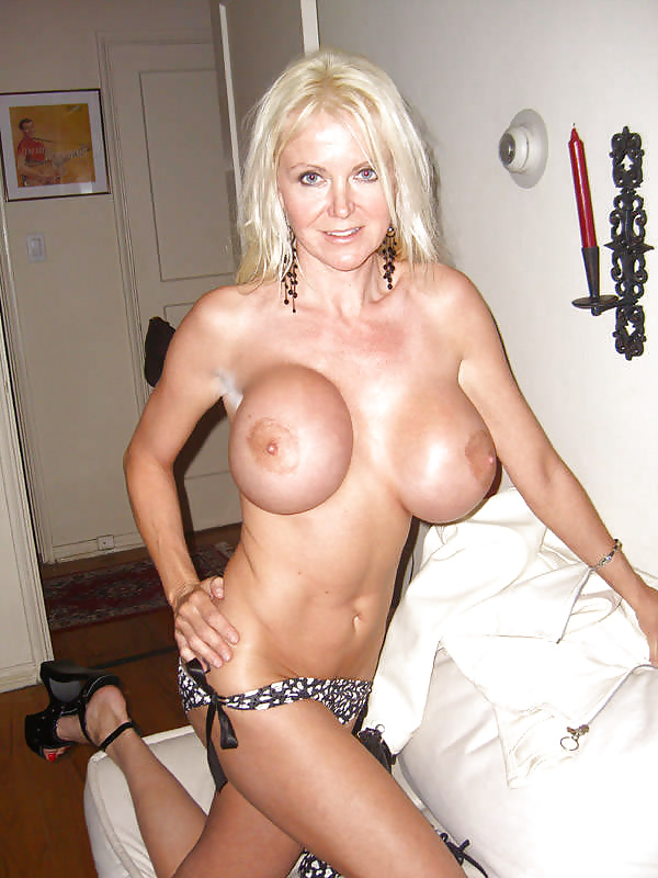 hot-moms-fake-boobs-pictures-envy-video-dancing