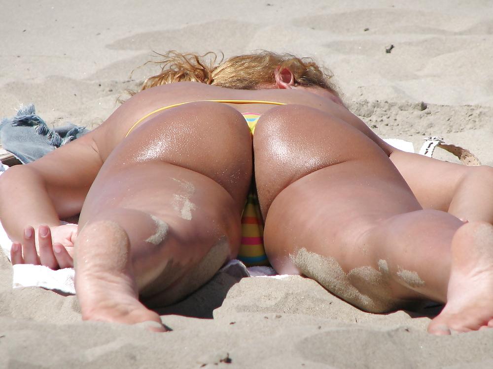 Phat ass on nude beach — 7