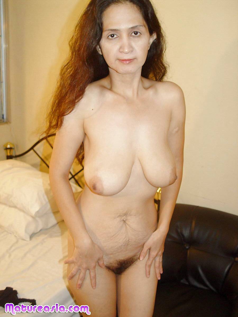 Hot Mature Thai Nude HD
