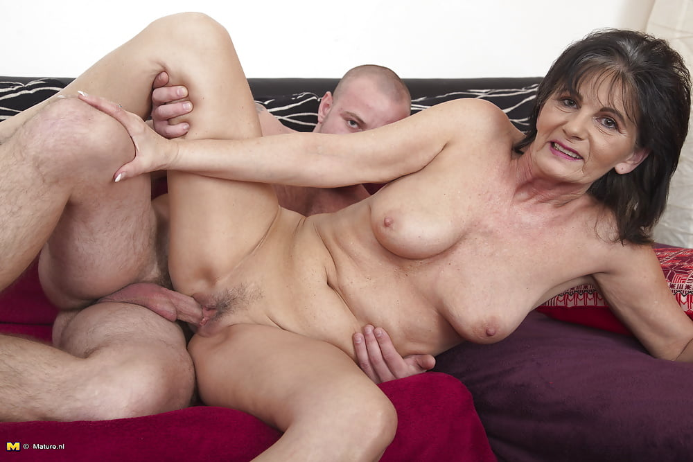 Naked older ladies having sex #7