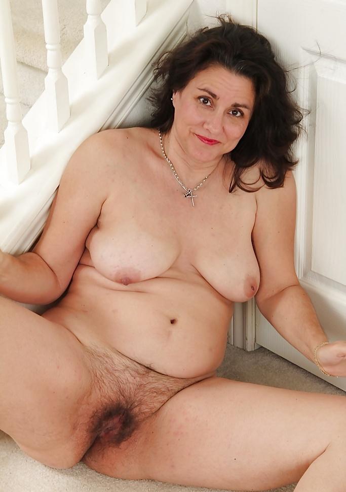 Erotic Photos Chubby mom threesome