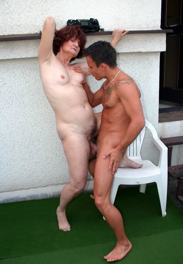 Mom sex in standing photo — 4