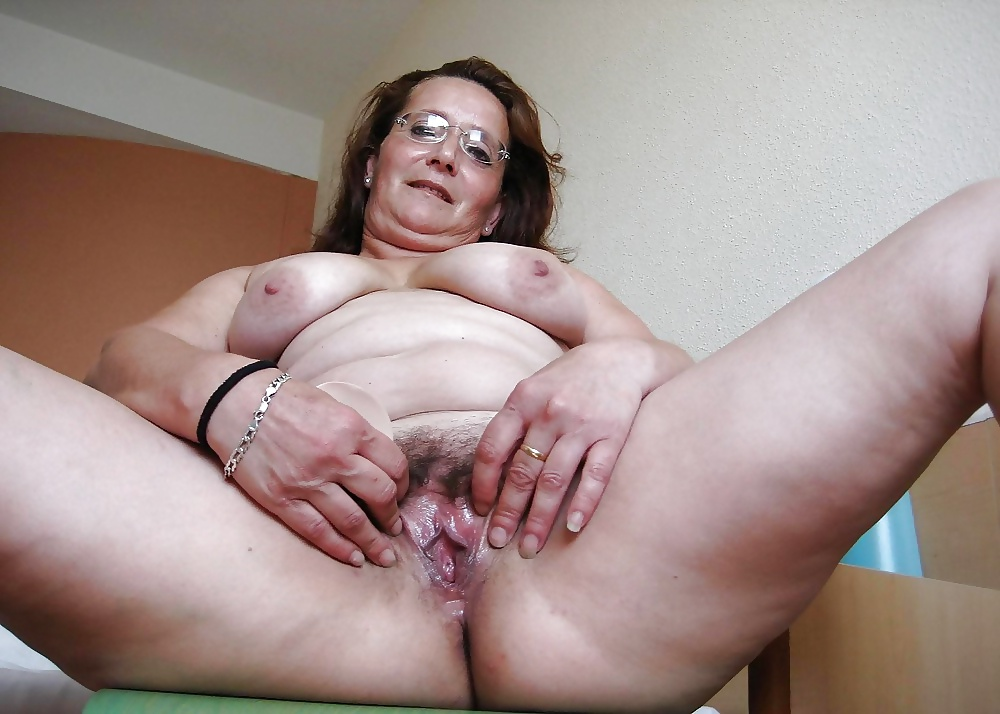 Black female mature nude