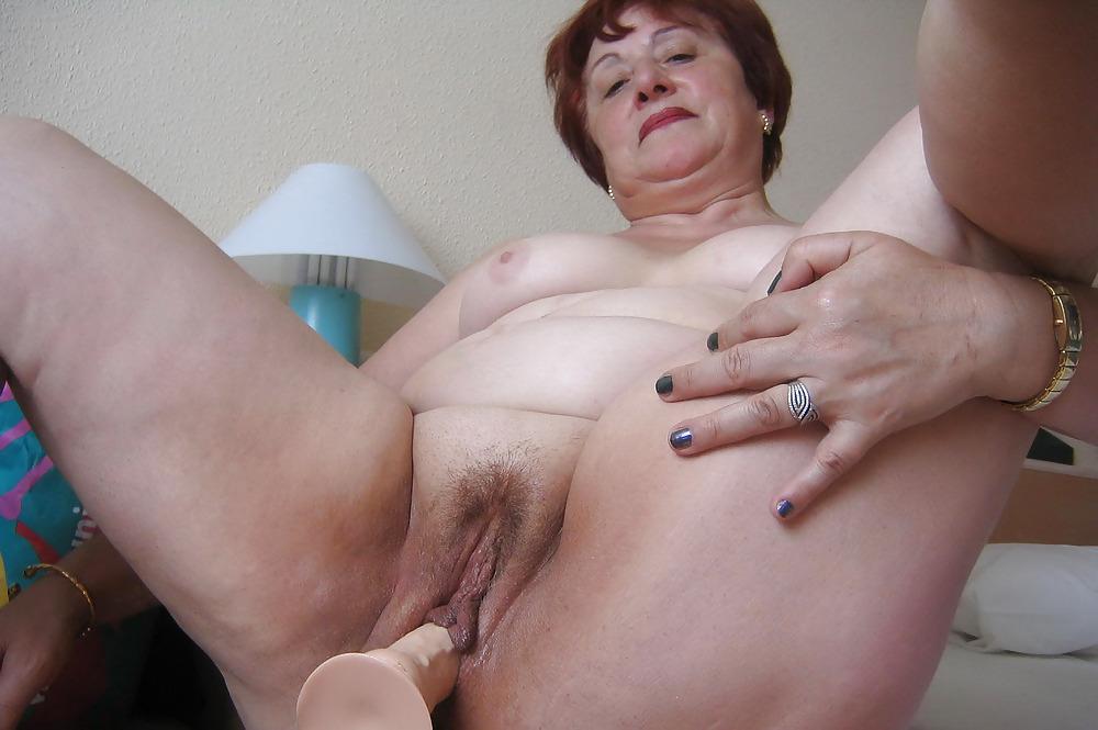 порно ролики толстые показывают клитор - 6