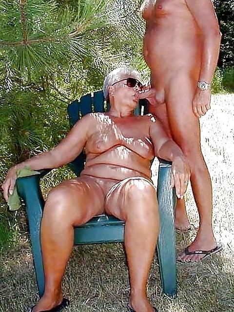 Ladyboy bella skinny femboy creampie