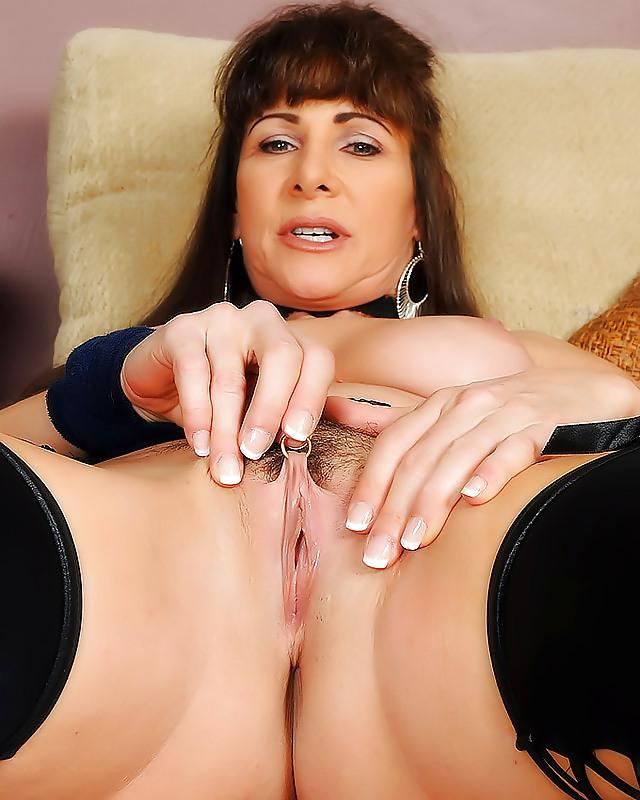 brunette-mature-pics-allly-mcgraw-nude