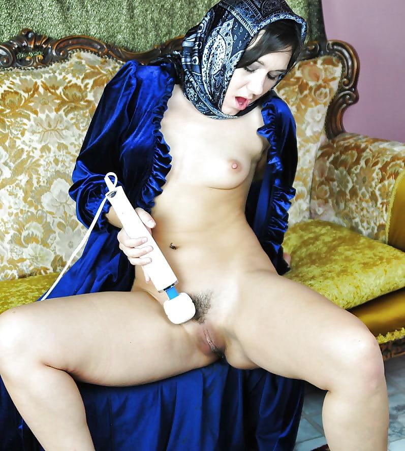 Sexy muslim women nude pics