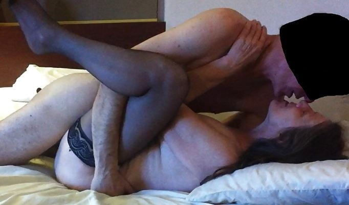 Sexy older amateur women Cheating wife dinner party