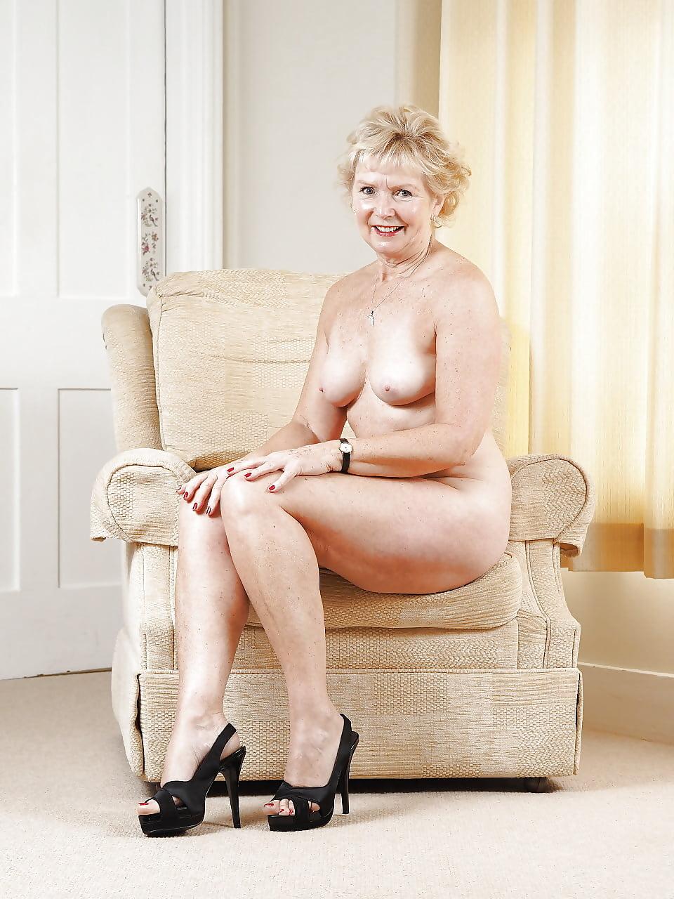 Sexy sexy grannies