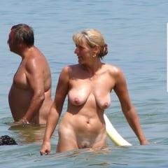 Milf nackt blond Oldies