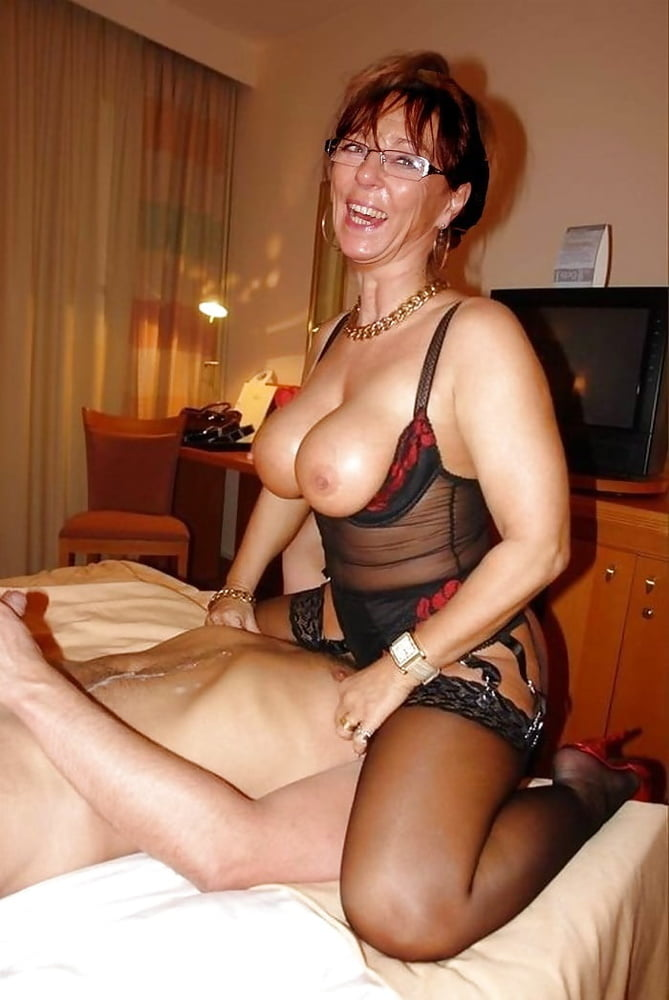 Milf cougar msn barrymore pussy pics