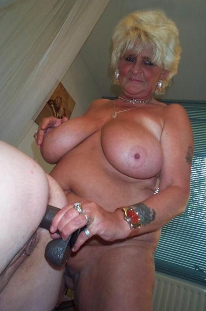 Granny Huge Tits Porn Pics