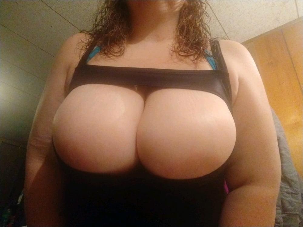 Sexy BBW wife- 10 Pics