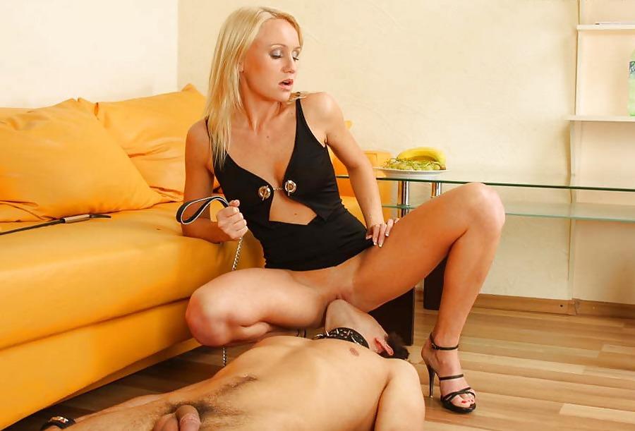 русская госпожа учит нижнего порно - 8