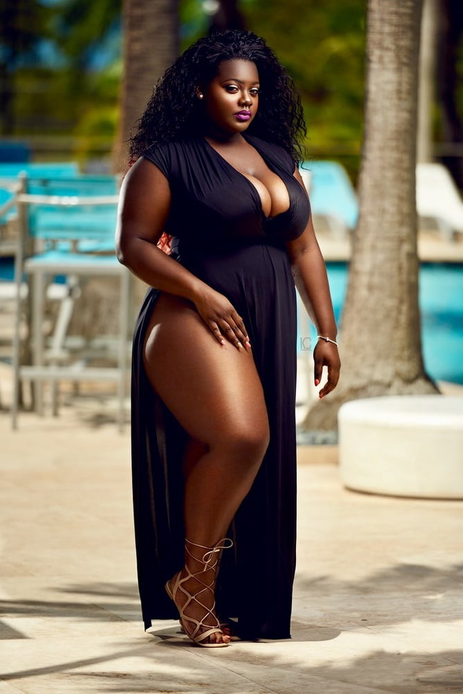 Black girl squirting on big black cock