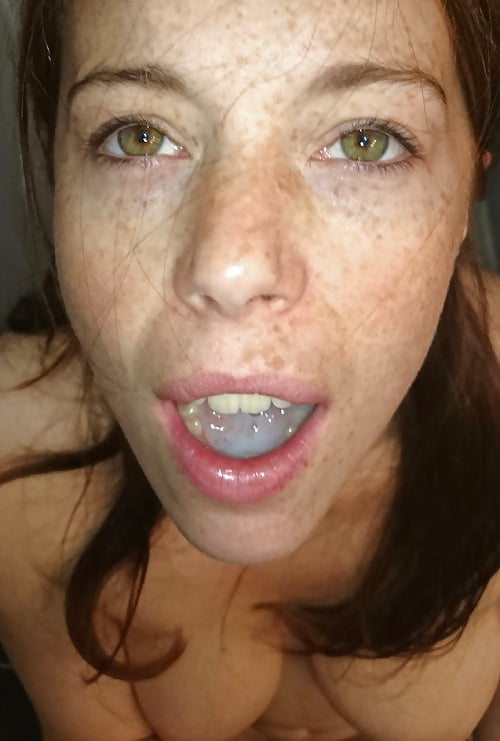 cum Filling mouth with
